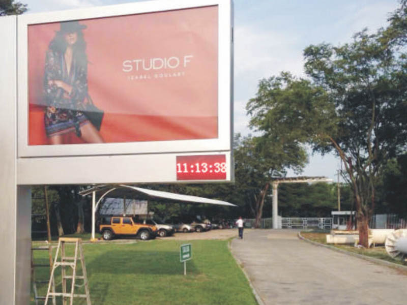 scrolling billboard cantilever outdoor marketing-25