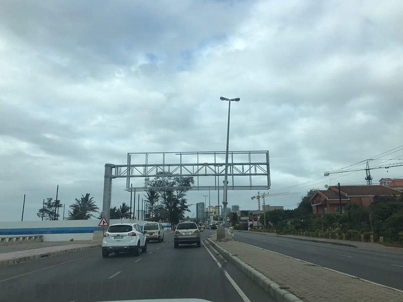 18x4.5m Cantilevers in Mozambique