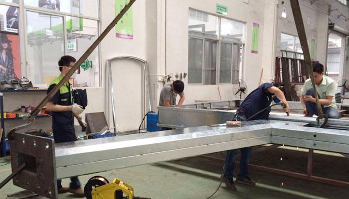 three sided solar advertising billboard buy now for highway YEROO