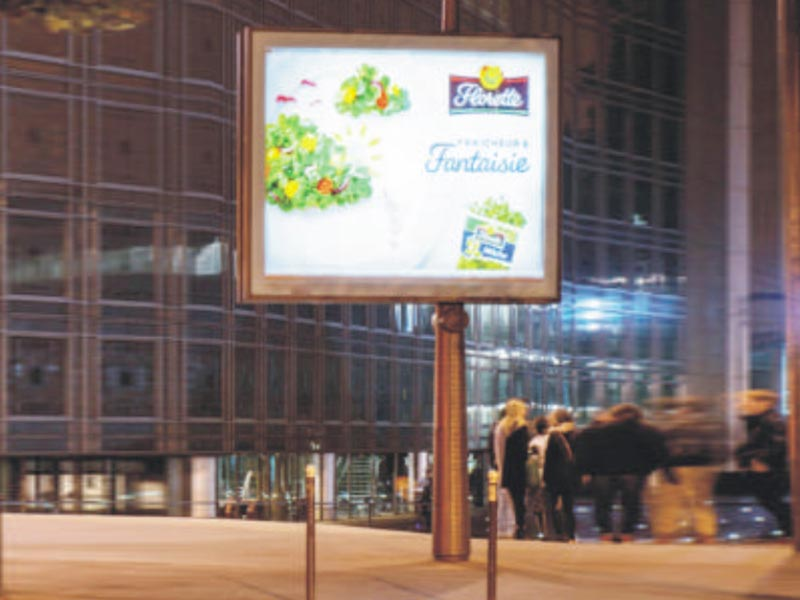 YEROO-High-quality Scrolling Billboard | Double Sided Scrolling Advertising Mupis-27