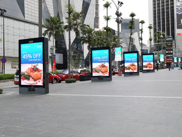 YEROO wall mounted led screen display stand for shopping mall-23